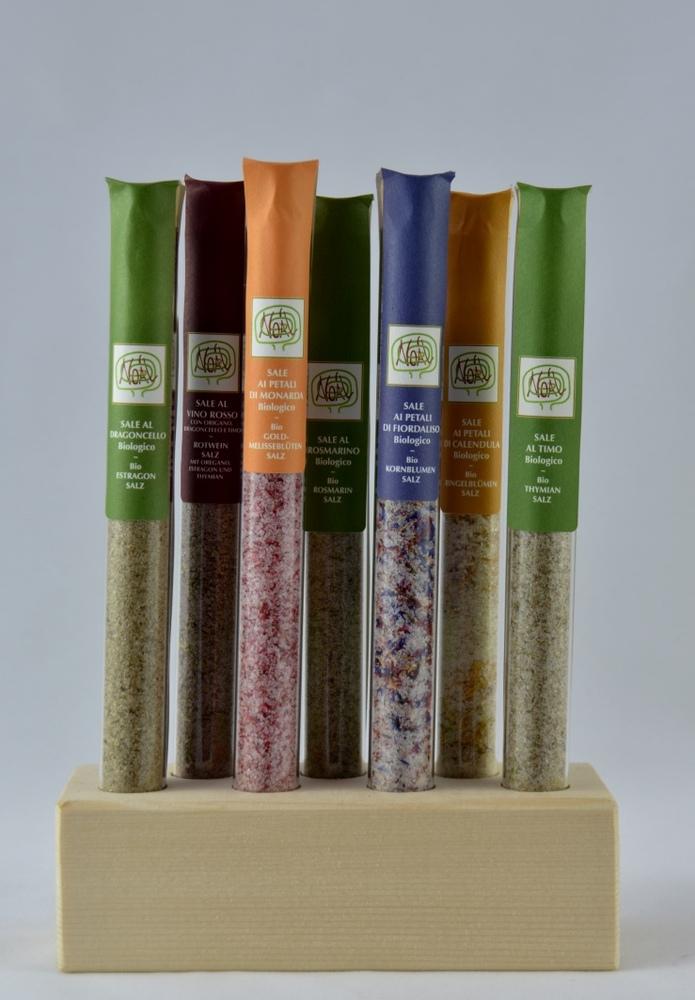 Holzsockel mit 7 verschiedene Salzmischungen  - 1